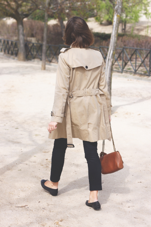 1e1df8016d6c Burberry Trench Coat and Mulberry Lily Bag