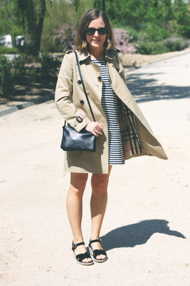 Burberry Classic Trench Fashion Blogger Trini