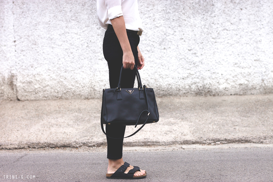 Fashion blogger Trini Birkenstocks Prada bag