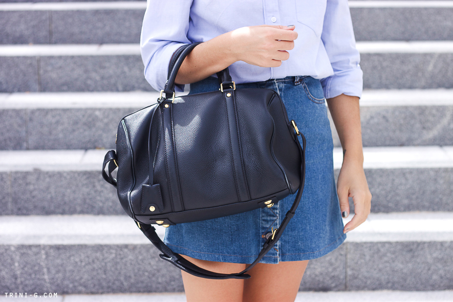 Trini blog | Light blue shirt and denim skirt