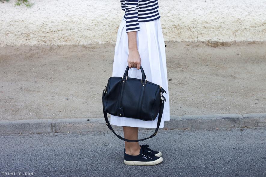 Trini blog | Sofia Coppola cobalt handbag