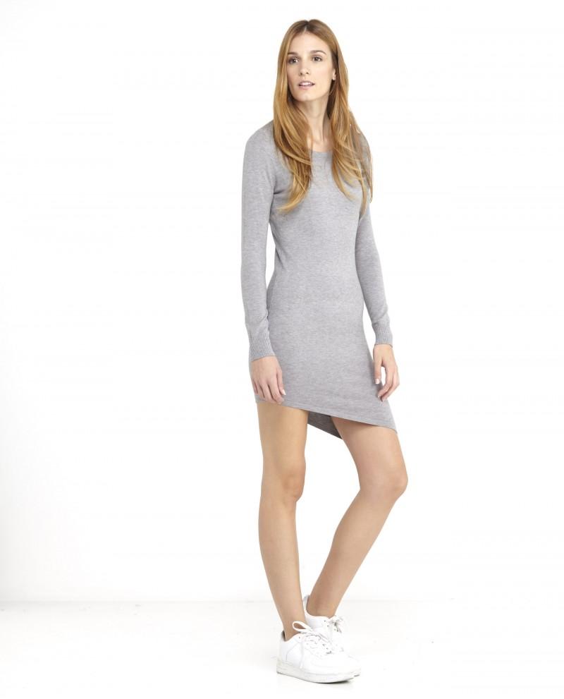 vestido-bajo-asimetrico-