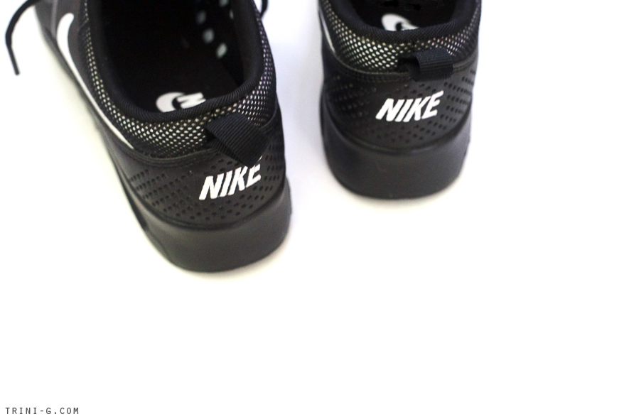 Trini blog | Nike black air max sneakers
