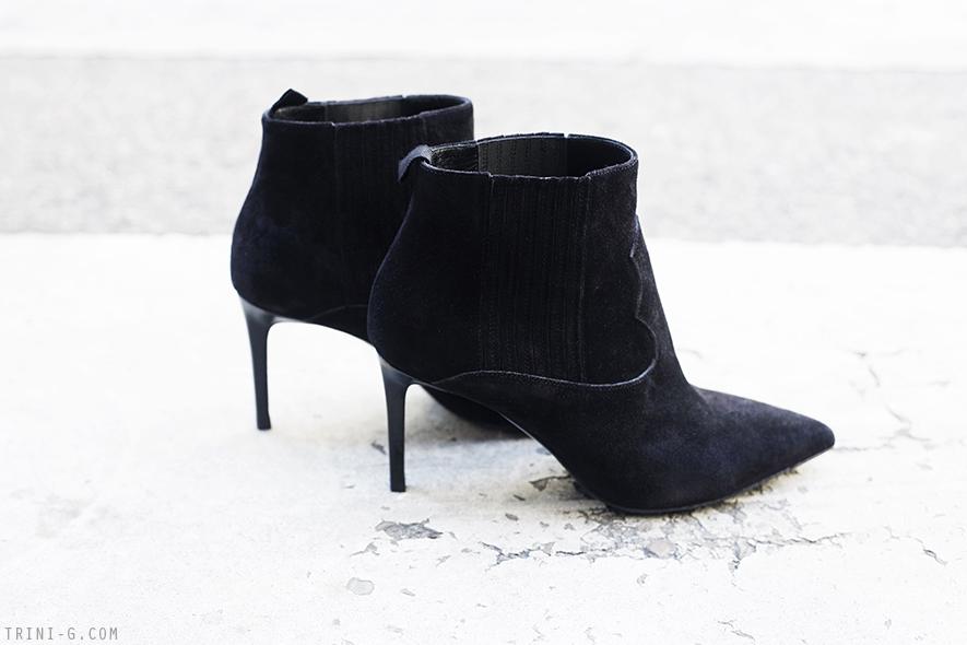 Trini | Saint Laurent Paris 80 western ankle boots