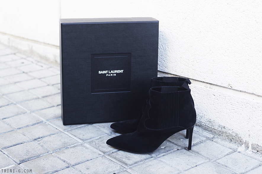 Saint Laurent Paris 80 Western Boots  b63efb8f3d78