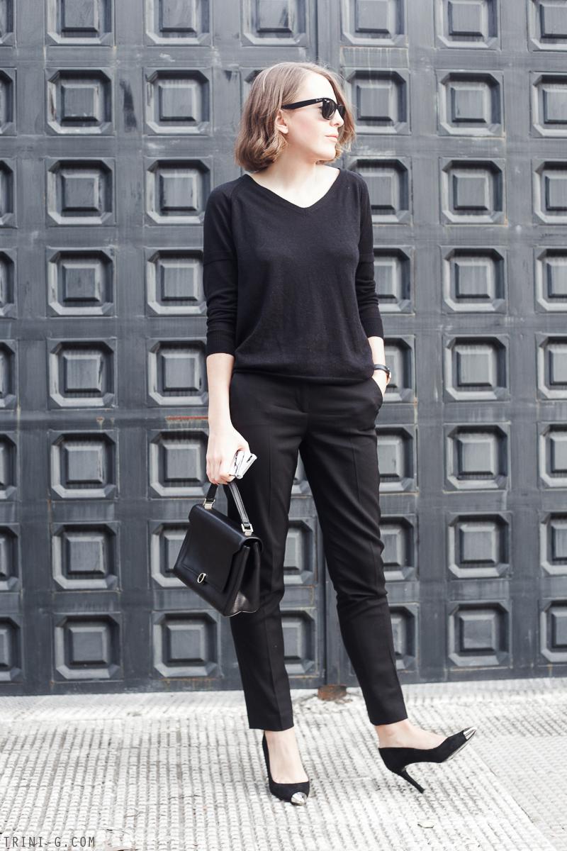 Trini | black classic outfit Anya Hindmarch bag