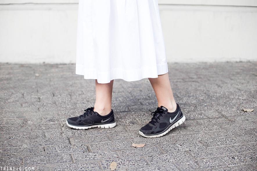 Trini | Nike Flex white midi skirt