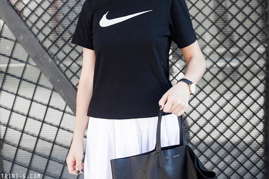 Trini |MaxMara midi skirt Nike tshit