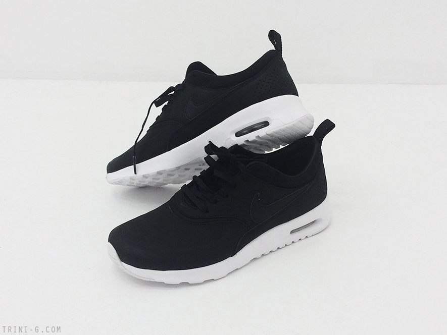 nike air max thea sneakers white sole