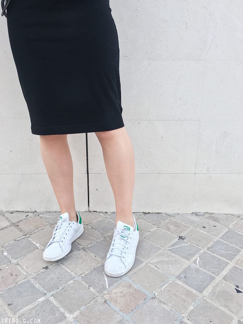 Trini |Gap dress Adidas Stan Smith sneakers Reed Krakoff bag