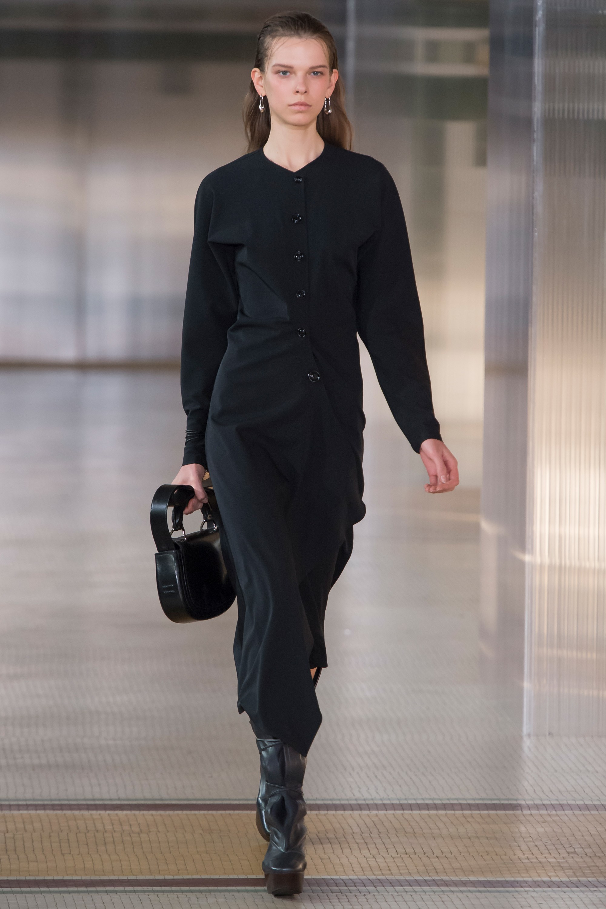 Trini | Lemaire Fall 2017 RTW Collection