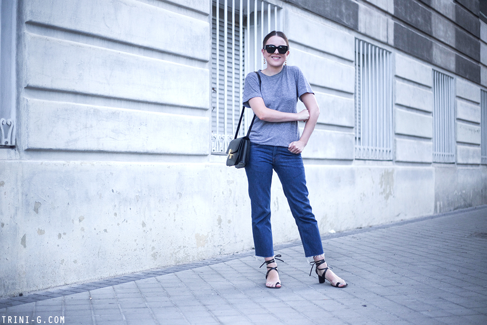 Trini   Levi's jeans Céline toe ring sandals