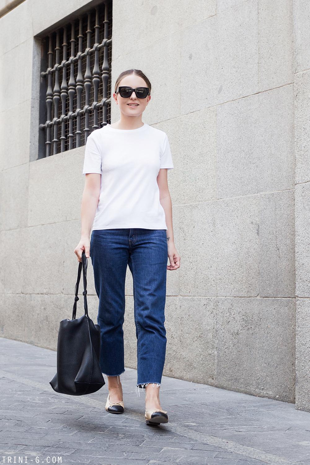 Trini  The Row t-shirt Levis jeans