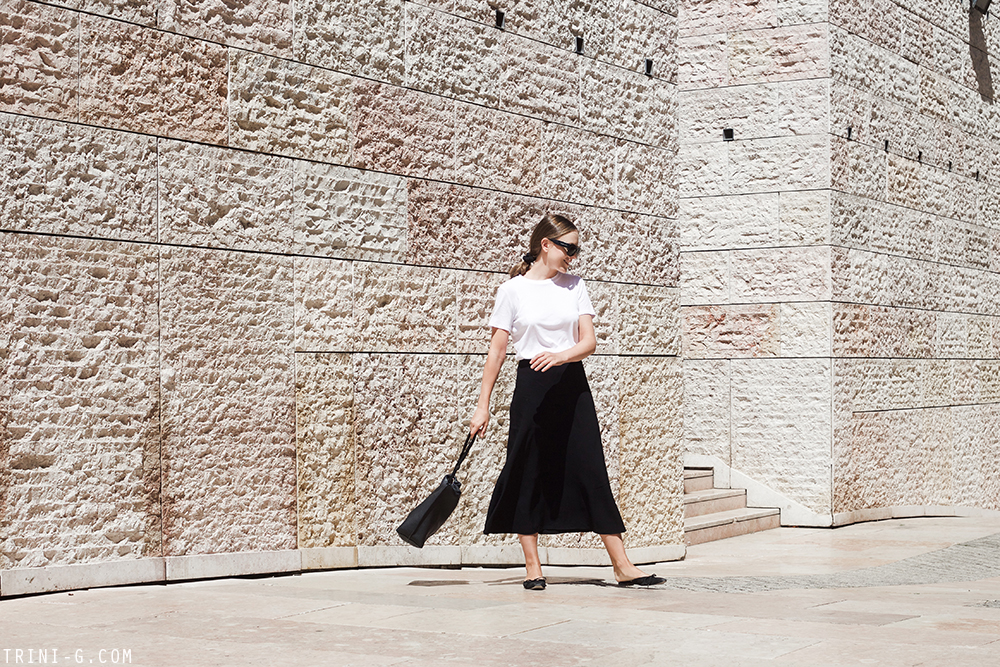 Trini | The Row t-shirt The Row skirt