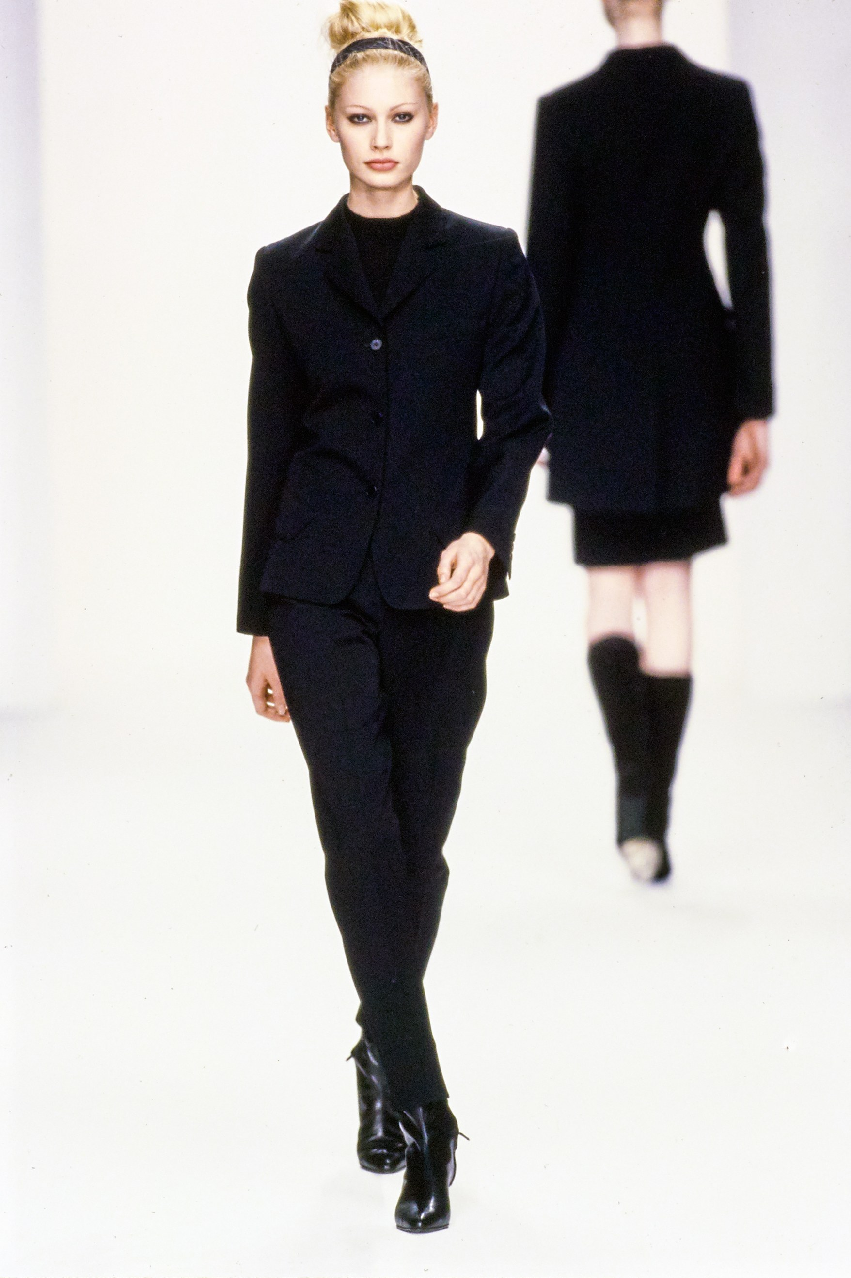 Trini | Calvin Klein Fall 1995 RTW Collection