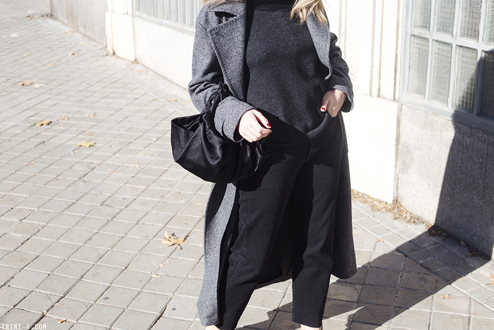 Trini | Levi's jeans MaxMara coat Chanel flats