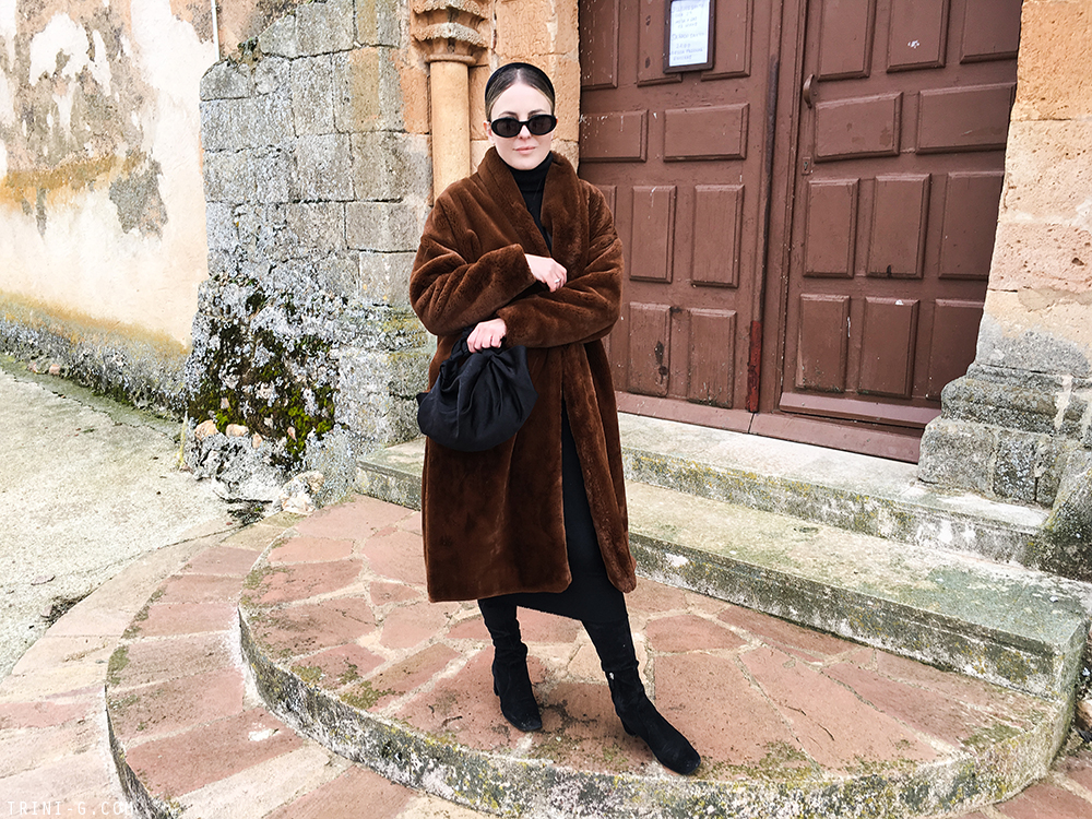Trini | Toteme Chelsea fur coat Prada boots