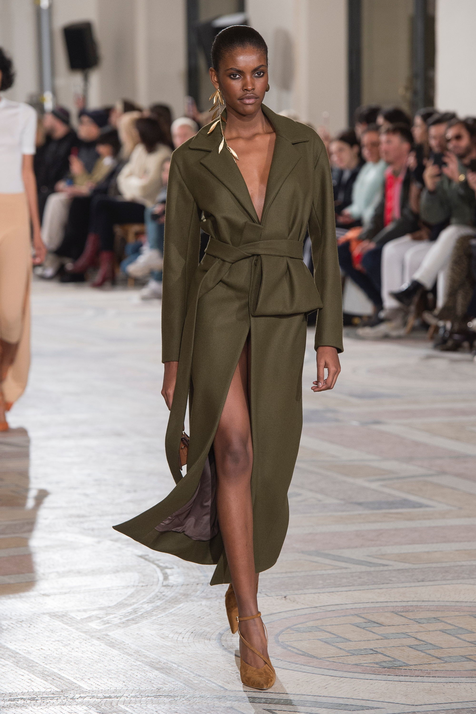 Trini | Jacquemus Fall 2018 RTW Collection