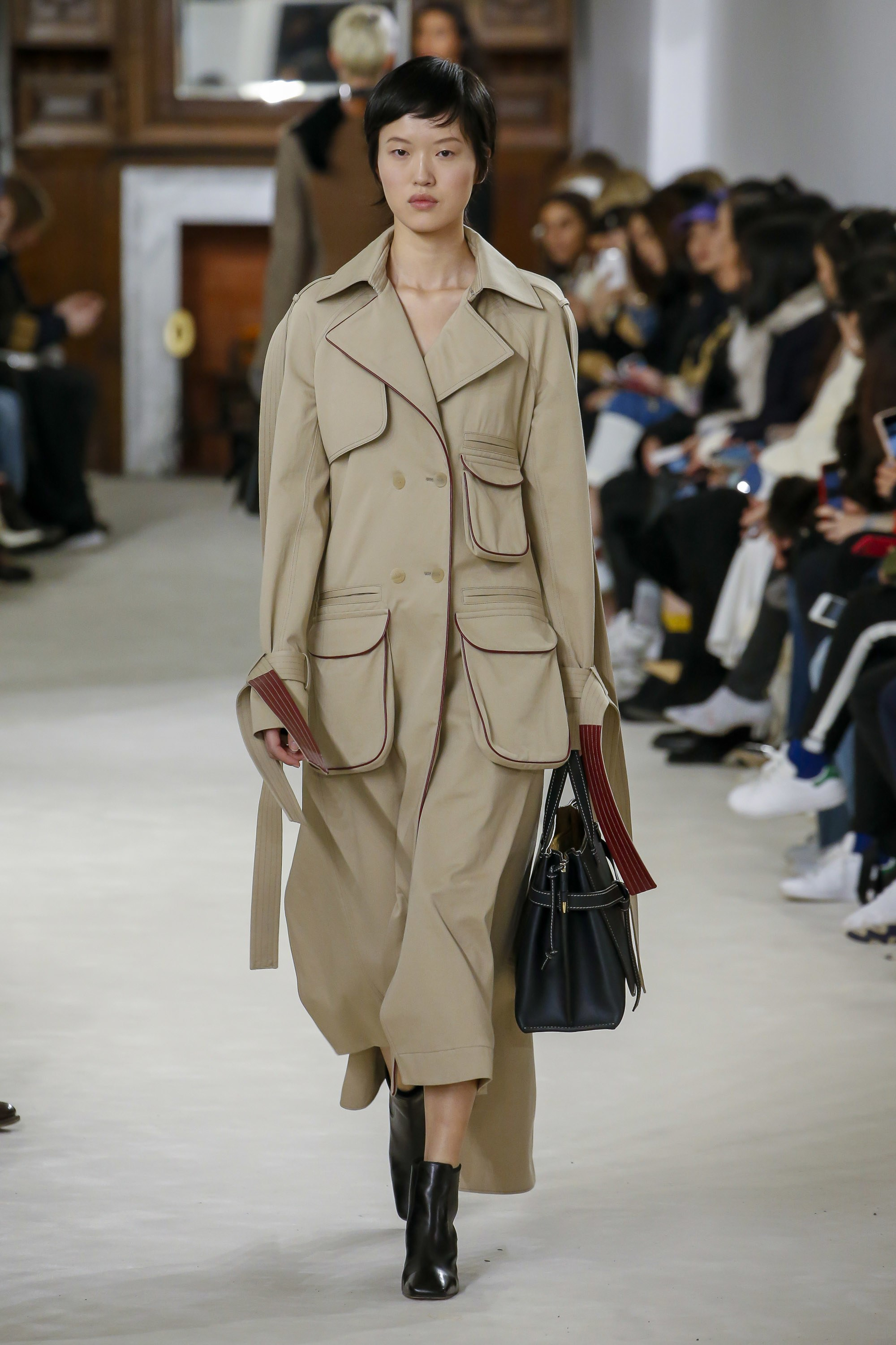 Trini | Loewe Fall 2018 RTW Collection