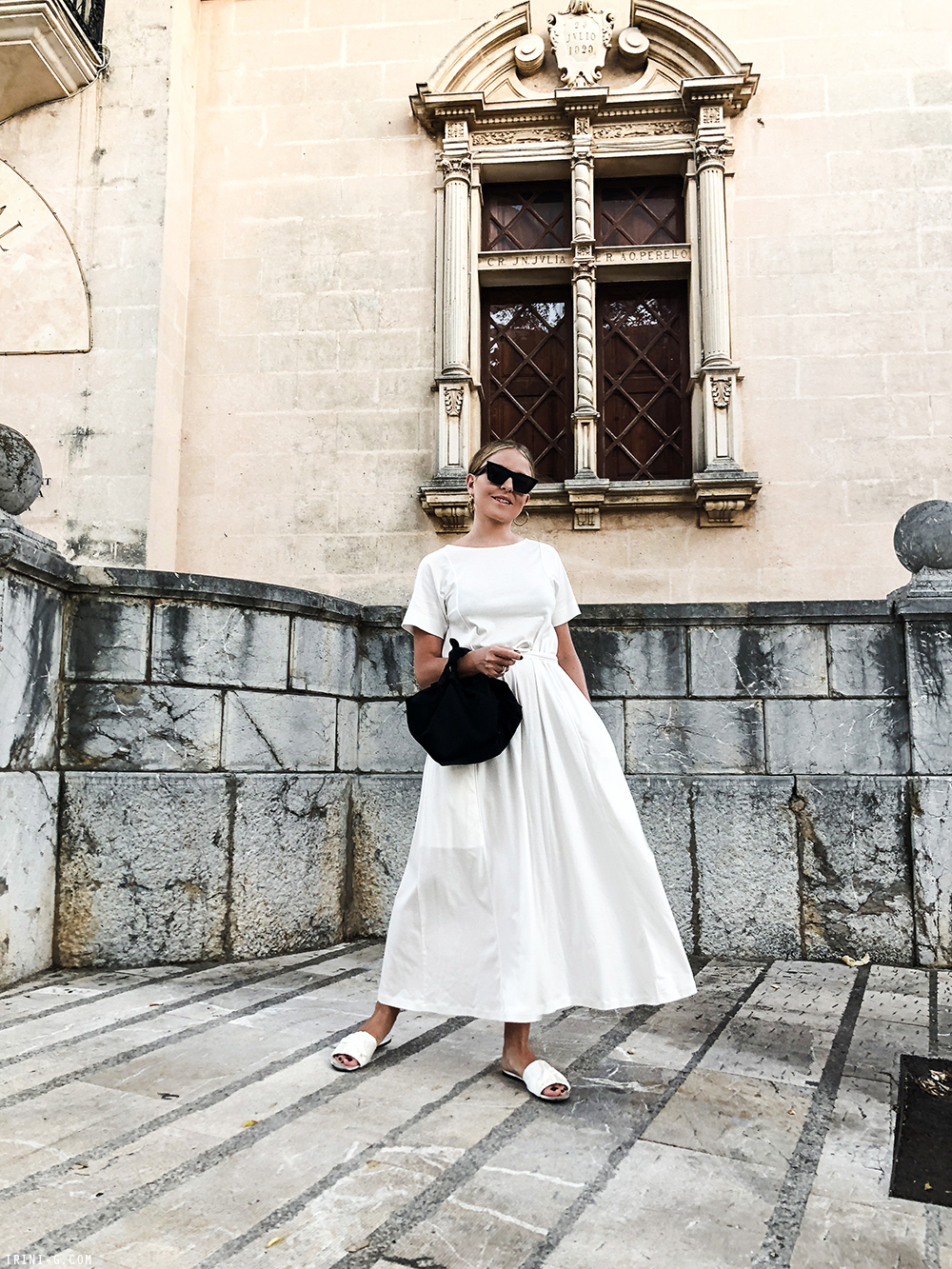 Trini | Lemaire white dress The Row white sandals