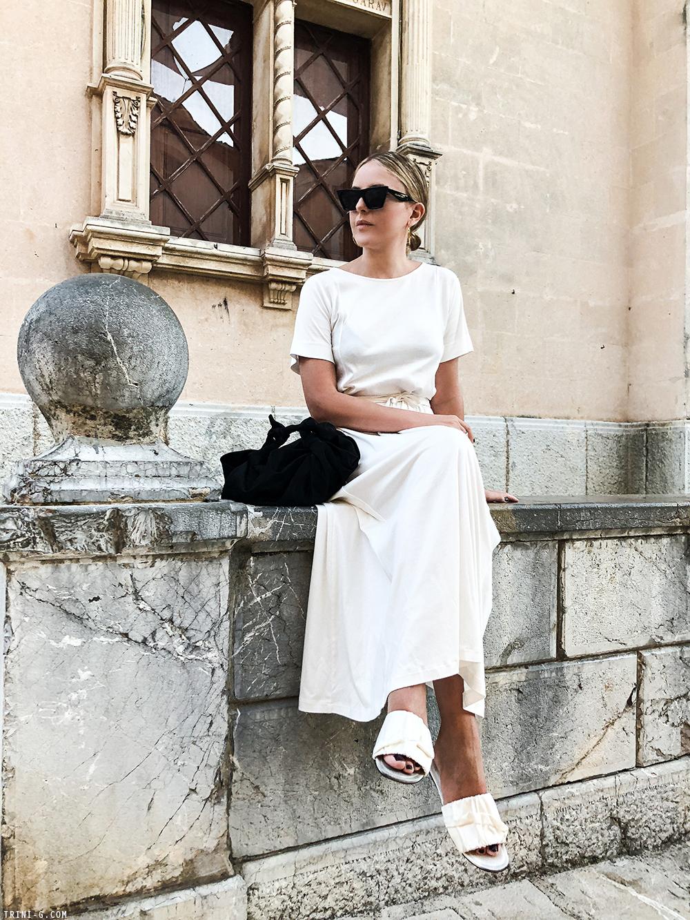 Trini | Lemaire white dress The Row white sandals