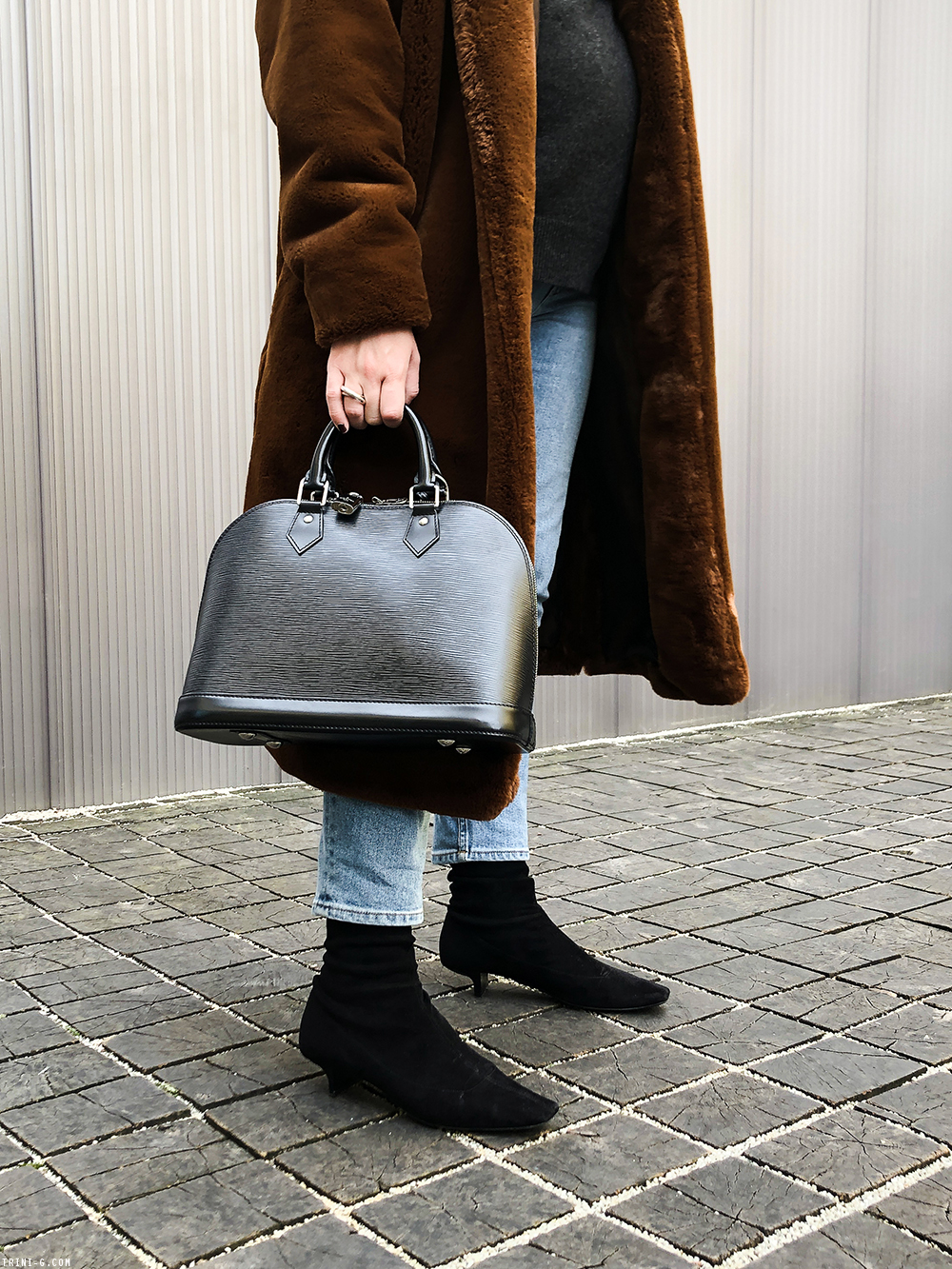 Trini | Toteme coat Stella McCartney boots