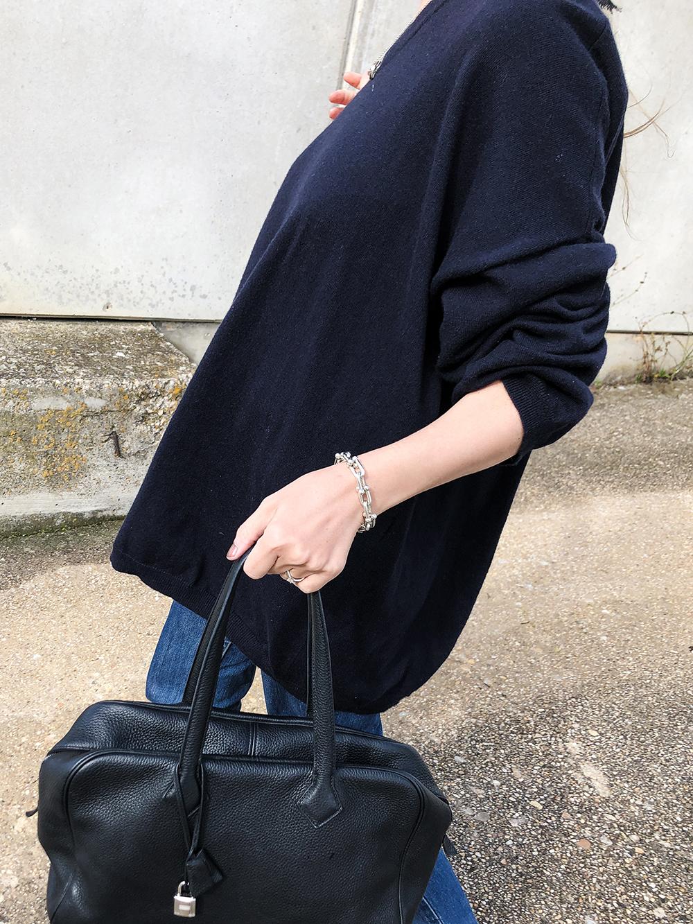 Trini | Loewe sweater Levis jeans