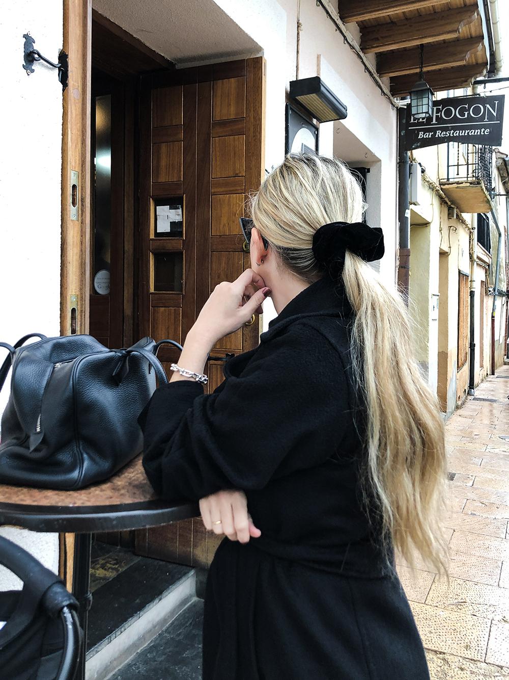 Trini | Max Mara Manuela coat Chanel sneakers