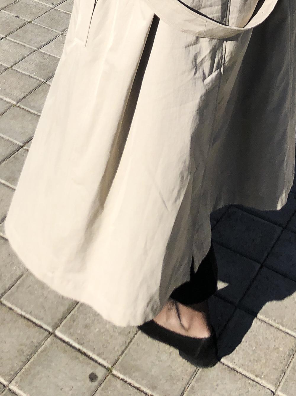 Trini | Burberry trench coat Prada pants