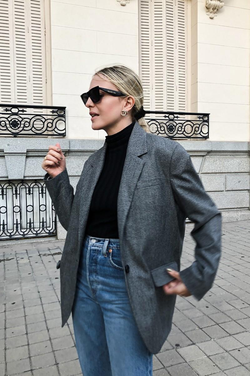 Trini |Isabel Marat blazer Levi's jeans