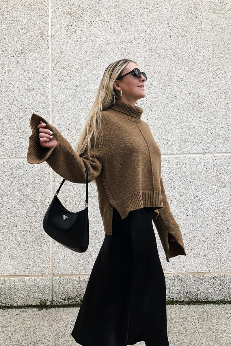 Trini | Celine sweater MaxMara skirt